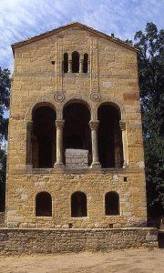 Fachada oriental de Sta. María del Naranco